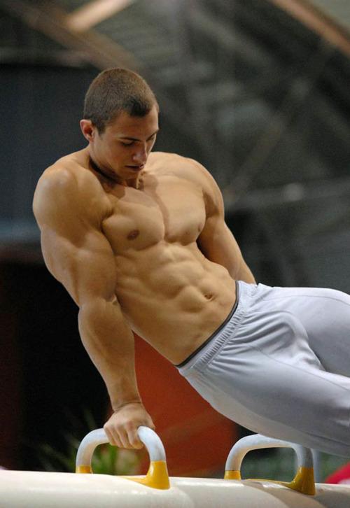 Cuerpos Perfectos Cuerpos Perfectos B3